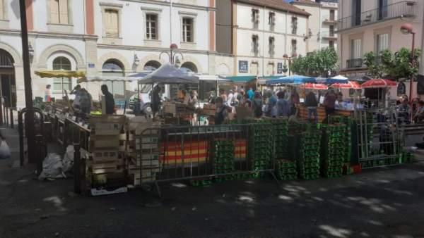Amélie- les -Bains revigoré avec la réouverture des thermes.......et le dynamisme des commerçants du marché.