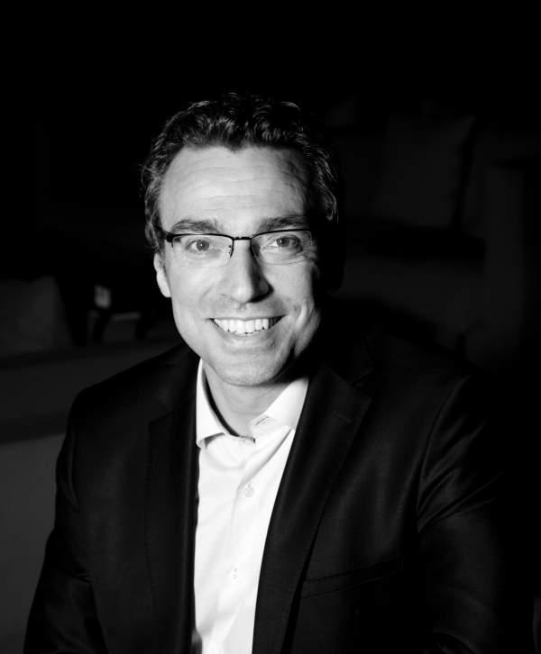 Julien Houdebine est nommé Directeur commercial et marketing de CORSAIR.