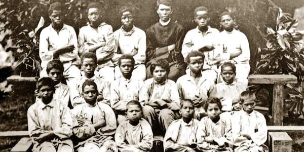 De 1864 à 1879, la colonie pénitentiaire l'îlet à Guillaume a reçu dans un cadre naturel hors du commun plus de 3000 enfants.