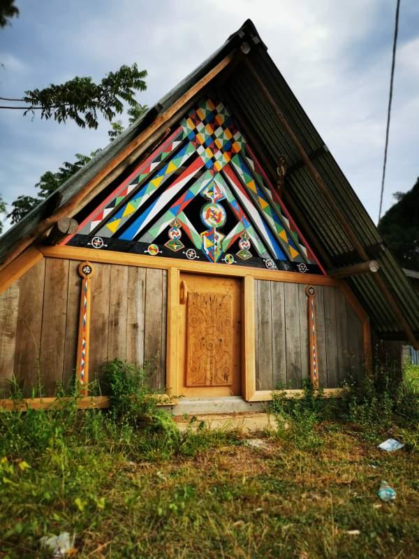 Inauguration de six maisons traditionnelles restaurées et de l'exposition « Abattis Kotika, berceau du Pays boni » samedi 27 mars 2021