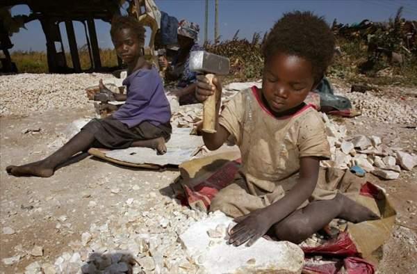 La CNCDH et la FME signent un partenariat à l'occasion de la journée mondiale de lutte contre l'esclavage des enfants