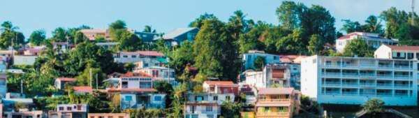 Sébastien Lecornu et Emmanuelle Wargon annoncent de nouvelles mesures  pour renforcer la mise en œuvre de la politique logement en outre-mer